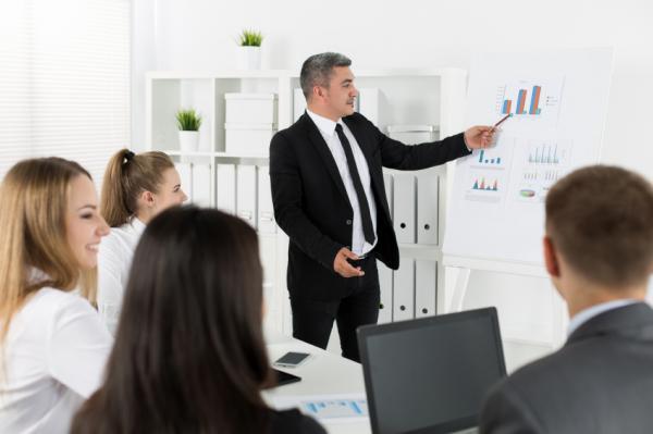 presenter-produit-client